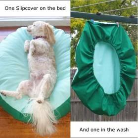 Spare Delux Snug Slipcover